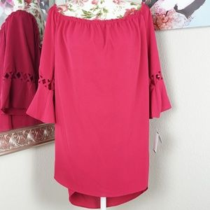 Moa Moa Woman Off the Shoulder Bell Sleeve Top 2X